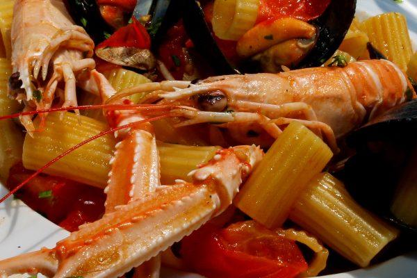 pranzo_merlibeach_albaadriatica_spiaggia_mare_01